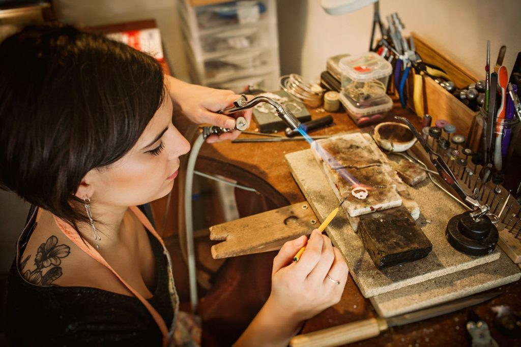 Bijoux créateurs Lyon Laura Guitte bijouterie