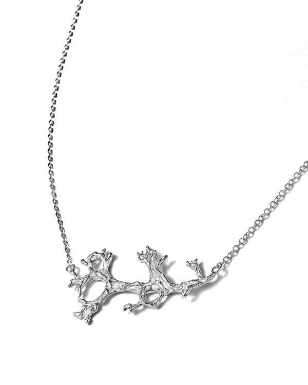 Collier-argent-lichen-laura-guitte-lyon-bijoux-créateurs