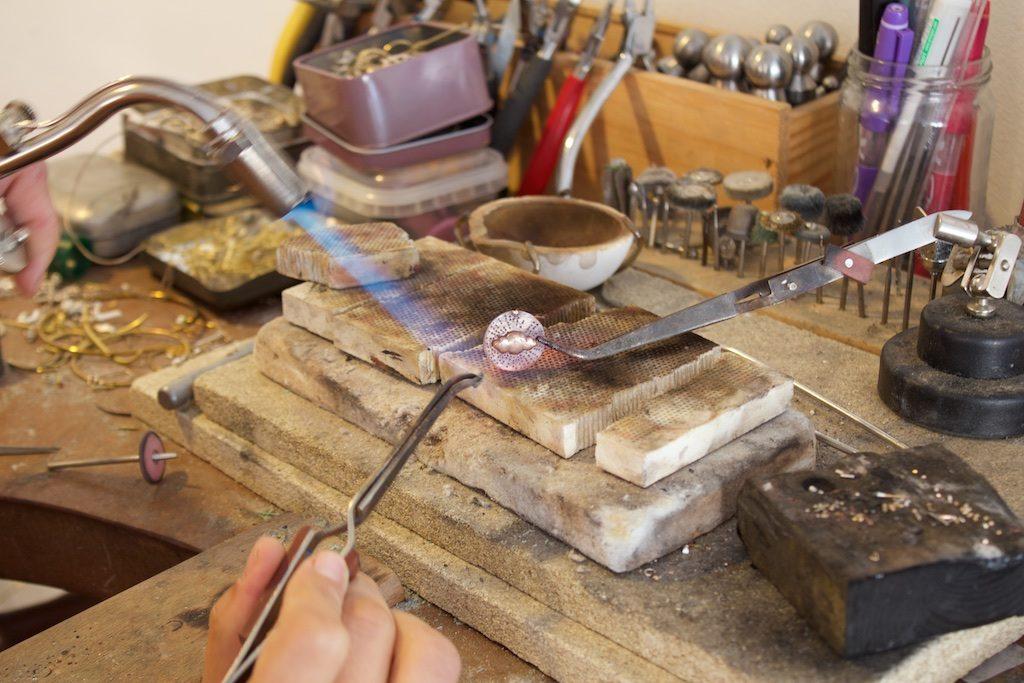 Médaille Bijouterie lyon bijoux créateur laura guitte